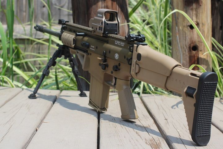 best optic for scar 17